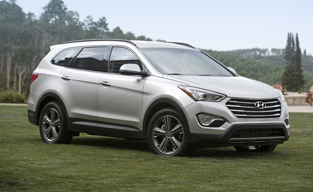 Hyundai May Be Looking To Take On The Toyota Highlander Hybrid With Its Own Gasoline Electric Version Of Santa Fe