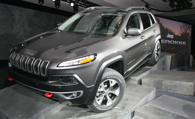 With Some Polarizing Style, The 2014 Jeep Cherokee Debuted On Wednesday At  The 2013 New York Auto Show.