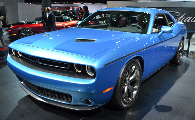 2015 Dodge Challenger Revealed With 8 Speed Autoguide Com News