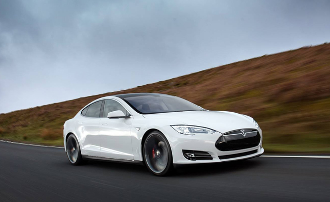 Tesla Model S To Gain Advanced Safety Features
