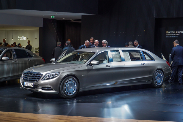 Mercedes Maybach S600 Pullman Video First Look Autoguide Com News