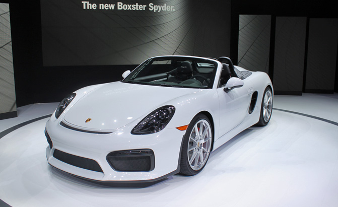 Five Things You Need To Know About The 2016 Porsche Boxster Spyder