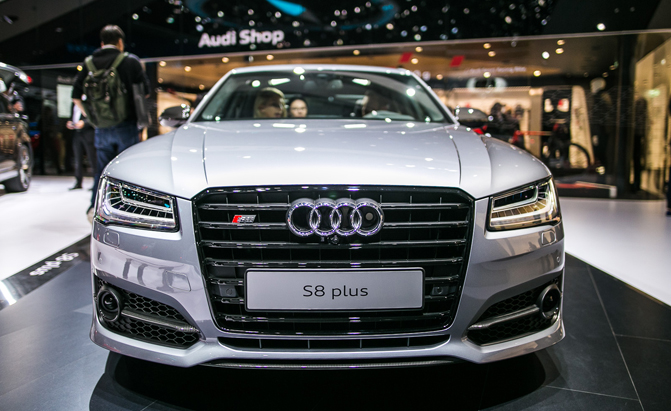 2016 Audi S8 Plus Unveiled With 605 Hp Bi Turbo V8 Autoguide News