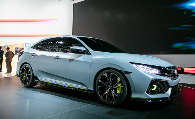 2017 Honda Civic Hatchback Prototype Video, First Look » AutoGuide.com News  D