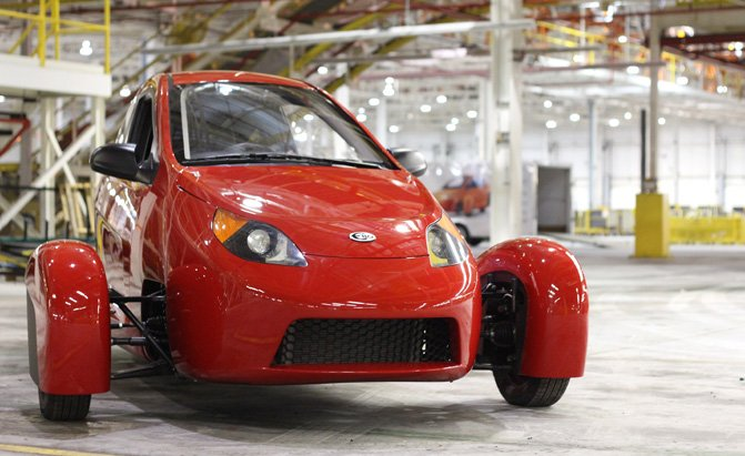 Elio 3 Wheel Car Priced At 7 300 But There S A Catch