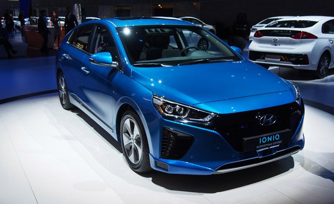 Hyundai Previews Autonomous Future With Self Driving Ioniq