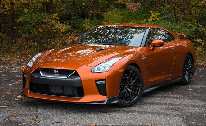 Nissan GT-R updated for 2017