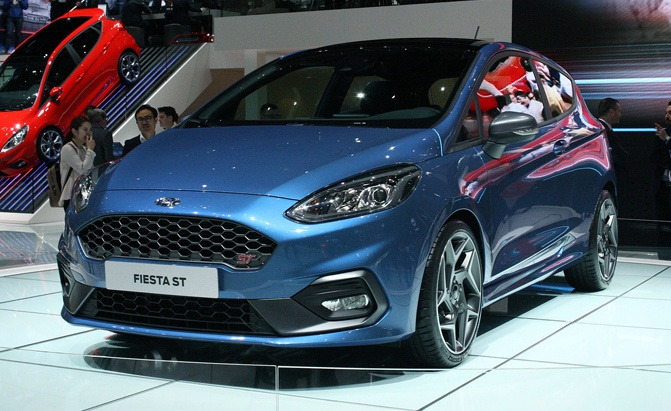 2018-ford-fiesta-st-live-03