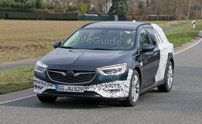 2018 Opel Insignia Country Tourer Spy Shot