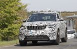 Range Rover Velar SVR Spied Playing With a Friend
