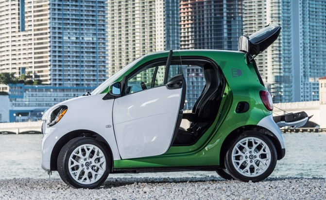 2017 Smart Fortwo Electric Drive Arrives This Summer With Er Price