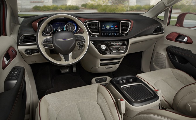The 2017 Chrysler Pacifica's dash offers full control at your fingertips