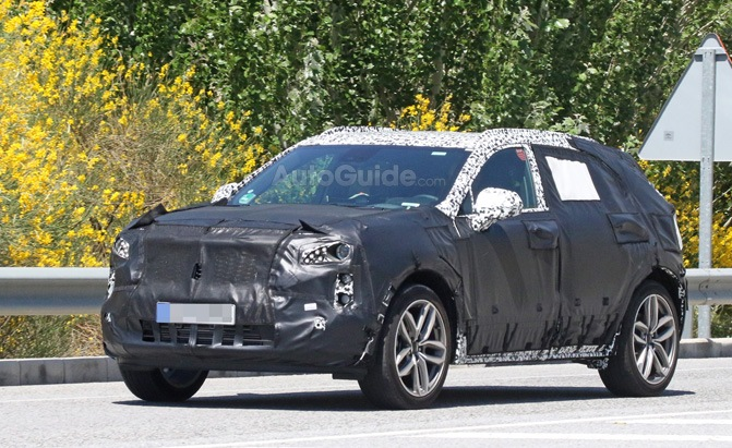 cadillac xt4 hybrid spy photos