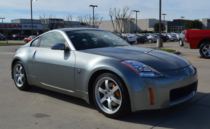 first production nissan 350z