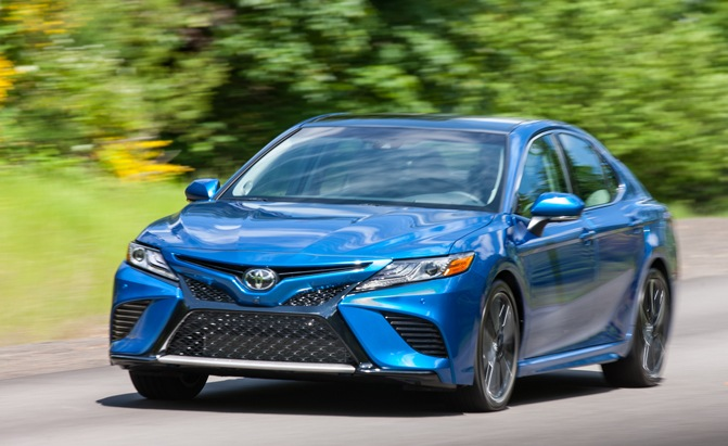 2018-toyota-camry-pros-and-cons