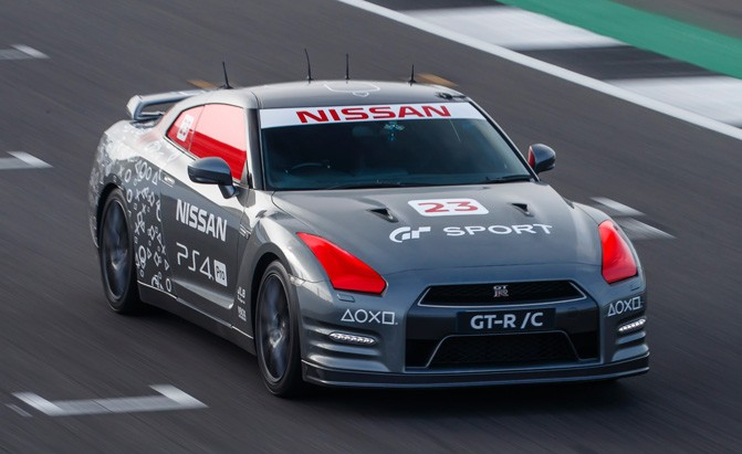 remote controlled nissan gt-r