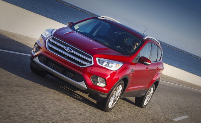 2017 Ford Escape Pros and Cons