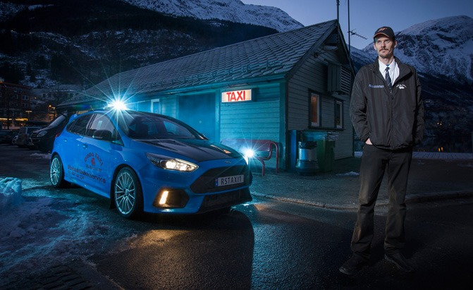 2017 ford focus rs taxi driver
