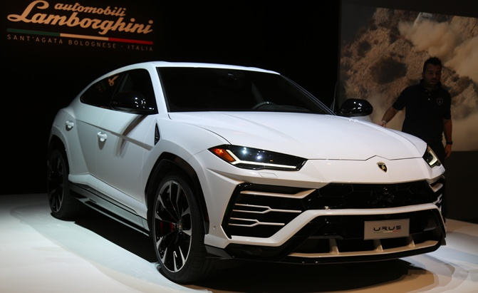 Lamborghini Urus Facts Top 10 Things You Need To Know Autoguide