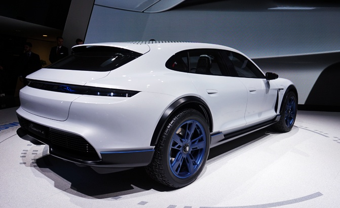 Porsche Mission E Cross Tourer Concept