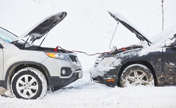 How to jump start a car Most of Canada is still in the grips of winter, where cold starts kill car batteries.Here's what you need to know about how to jump start a car.