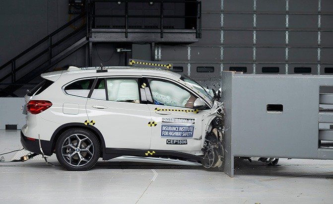 IIHS Evaluates Seven Small SUVs in New Crash Test