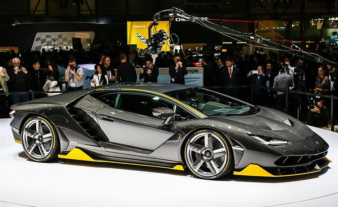 How much are lamborghinis 2016