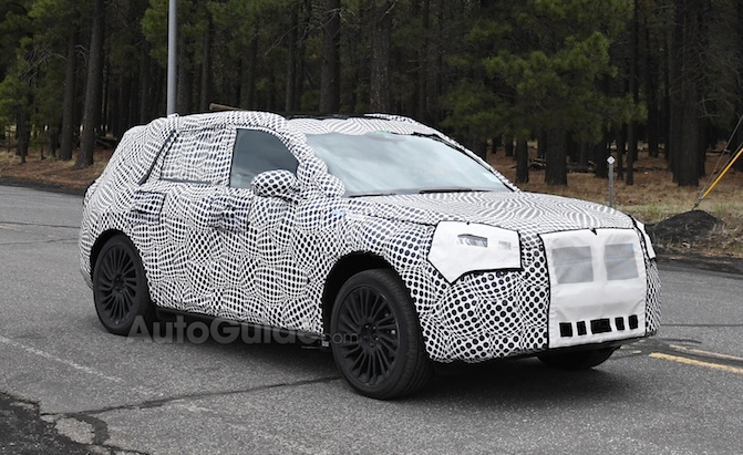 Lincoln Corsair Crossover Spied in Hybrid Guise