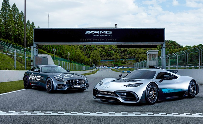 mercedes-amg project one and gt