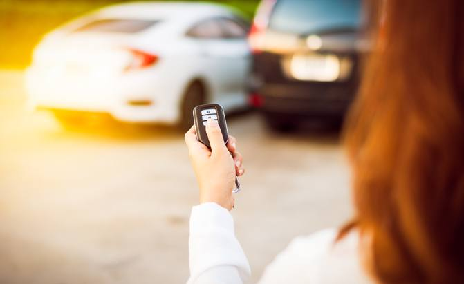 Top 7 Best Car Alarms And Car Security Systems Of 2019 Autoguide Com