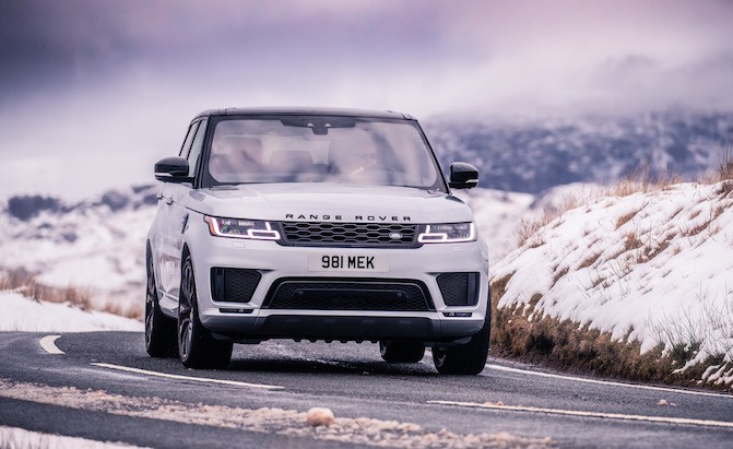 2019 Range Rover Sport Available with New Hybrid Inline Six Engine
