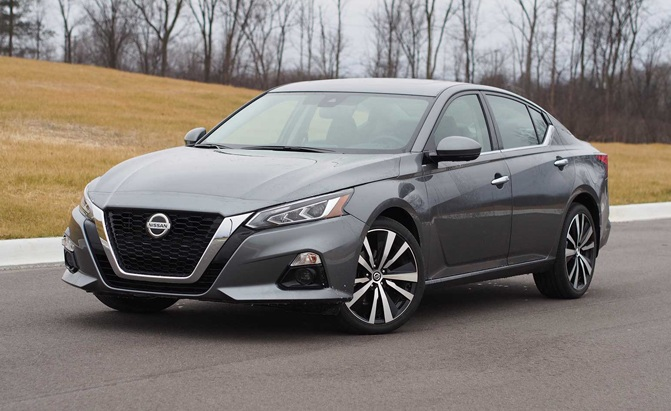 2019 Nissan Altima AWD Pros and Cons