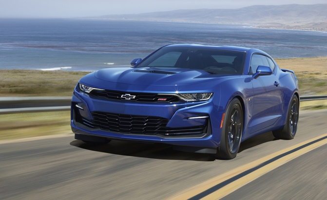 The 2020 Camaro SS sports an updated new front fascia derived from the beloved 2019 SEMA concept car.