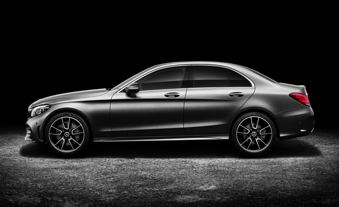 2019 Mercedes-Benz C300 Sedan (Euro spec)