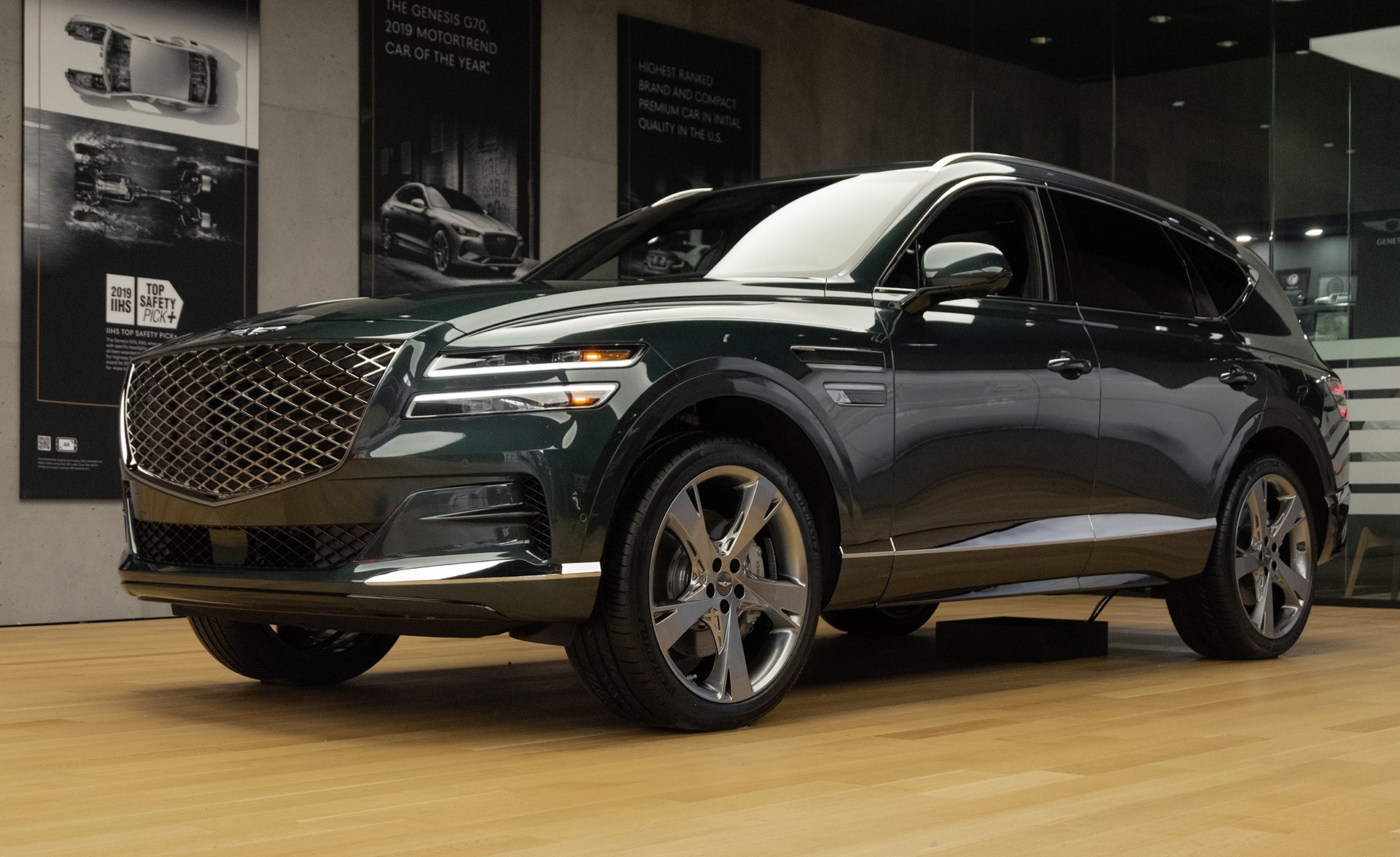 2021 Genesis Gv80 Preview Hands On With The New Luxury Suv Autoguide Com News