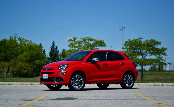 2020 Fiat 500X in Rovente Red front three-quarter static shot