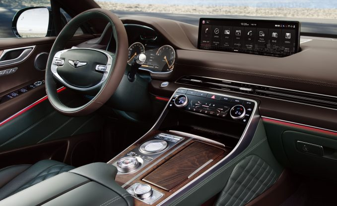 2021 Genesis GV80 Interior in green and brown