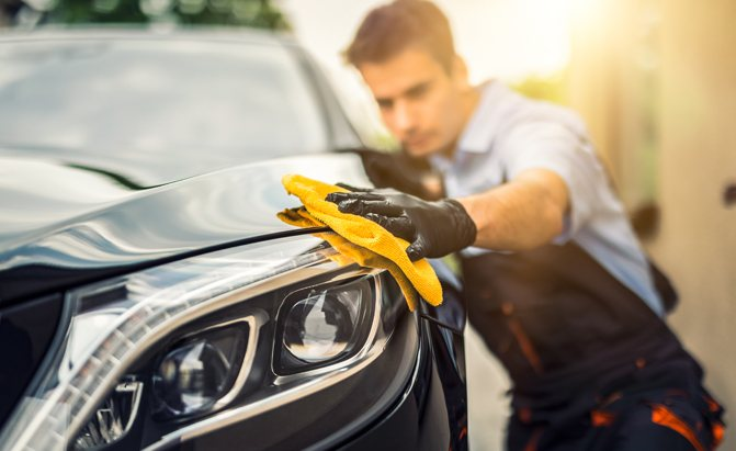 Here are AutoGuide's picks for the best car towels for detailing your vehicle.