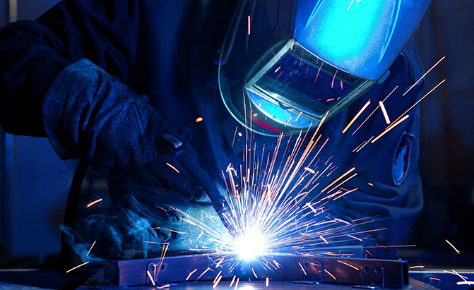 The Best Welders For The Home Garage Autoguide Com