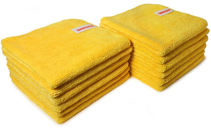 These Mothers 90-90004 Professional Grade Premium Microfiber Towels are the car towels the pros use.