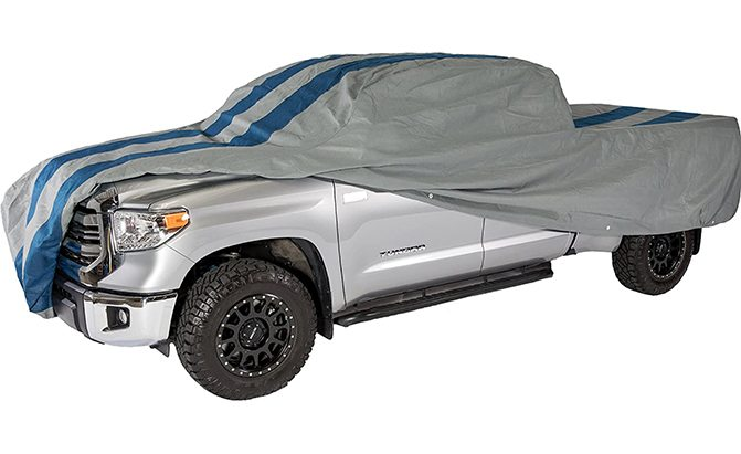 The Duck Covers Rally X Defender Truck Cover is a semi-custom truck cover, meaning you can choose from seven different sizing options to find one that best matches the dimensions of your pickup.