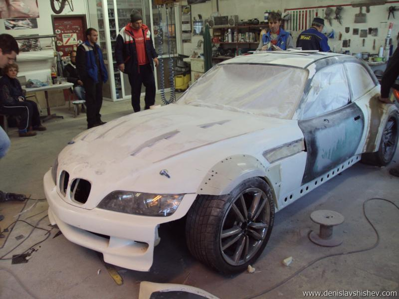 Ambitious 18 Year Old Builds V10 Powered Bmw Z3