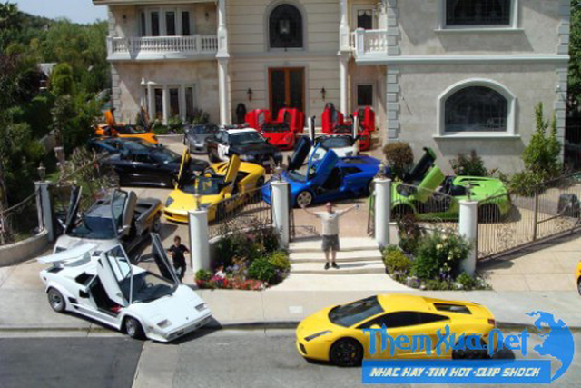 Cuong Dollar Lives Up To His Name With Ridiculous Car