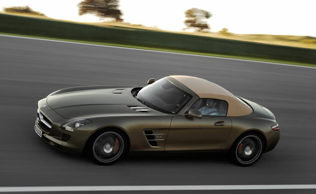 mercedes benz slc small sports car confirmed for production news. Black Bedroom Furniture Sets. Home Design Ideas