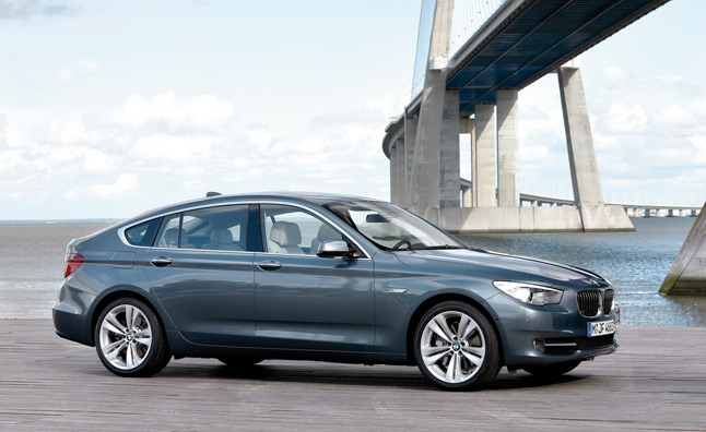 2013 Bmw 5 Series Updated With Customizable Instrument