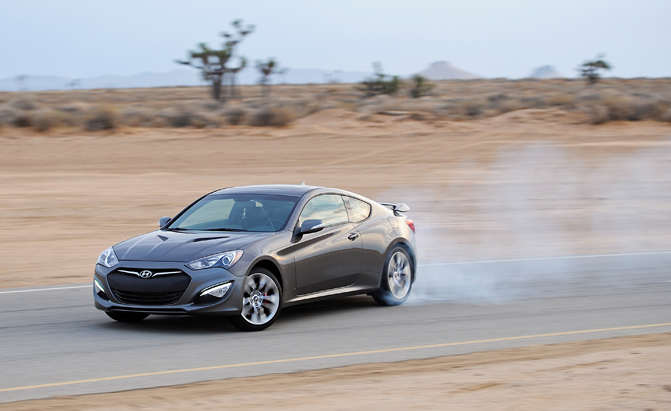 41379_2015_Genesis_Coupe
