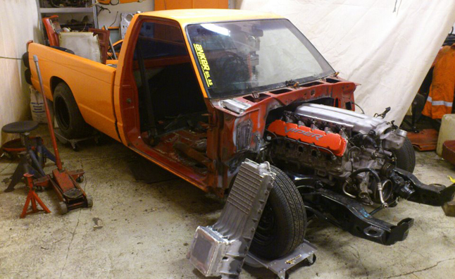 s10 viper sump enthusiast built chevrolet s10 gets a badass viper engine s10 v8 conversion wiring harness at virtualis.co