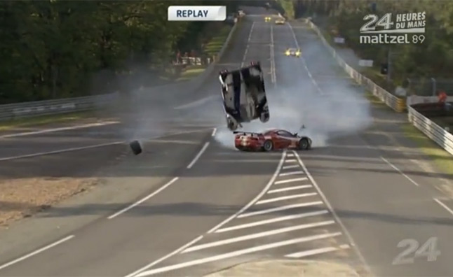 watch toyota 39 s hybrid race car catch air in wild crash at. Black Bedroom Furniture Sets. Home Design Ideas