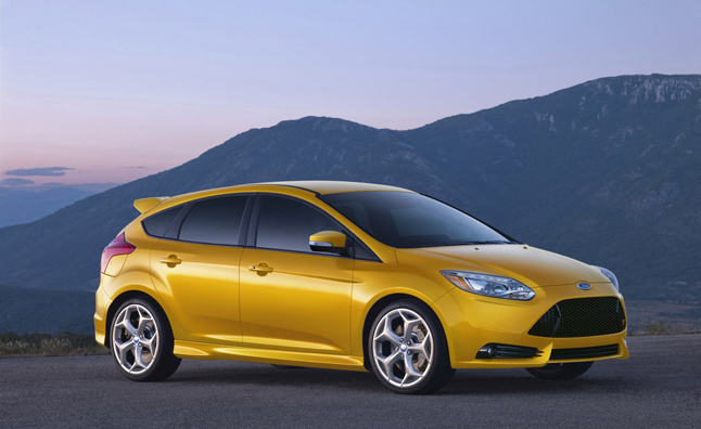 ford focus st fuel economy released 32 mpg highway. Black Bedroom Furniture Sets. Home Design Ideas