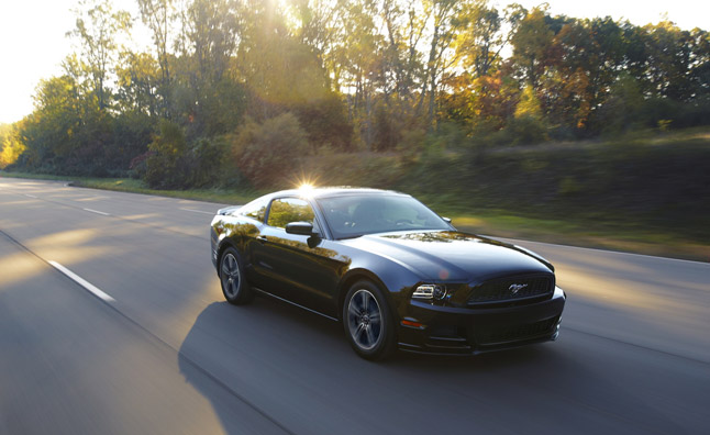 Five point inspection 2013 ford mustang v6 autoguide - 2013 mustang interior accessories ...